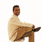 View artist Johnny Mathis