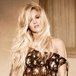 View artist Carrie Underwood