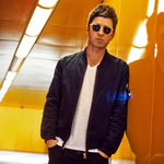 View artist Noel Gallagher's High Flying Birds