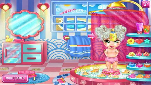 Cute Baby Bathing - Bath Dress up Play