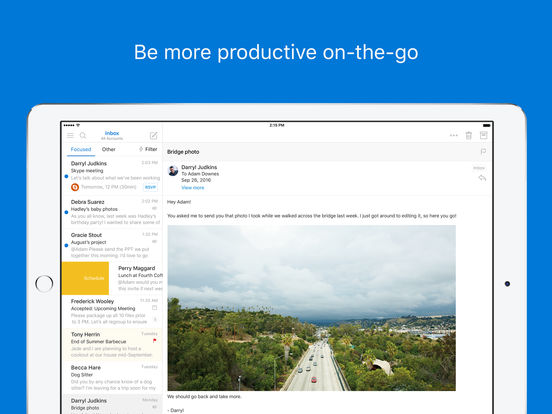 Screenshots of Microsoft Outlook for iPad