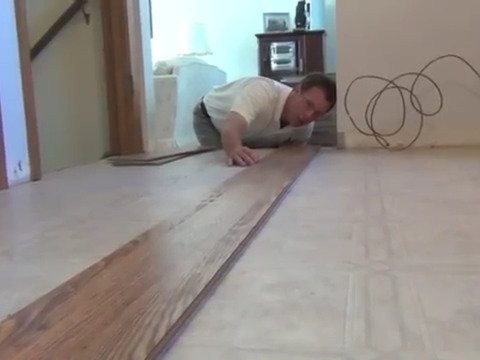 How To Lay Laminate Flooring screenshot 8