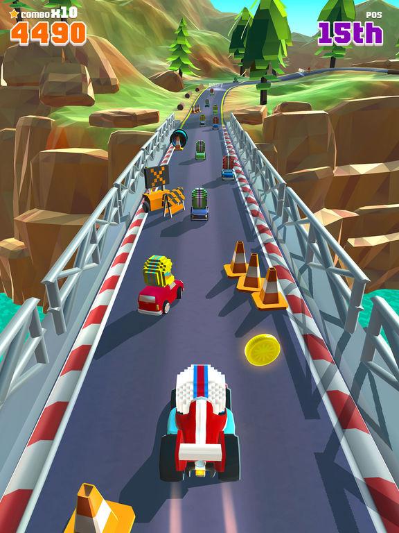 Blocky Racer - Endless Arcade Racing screenshot 6